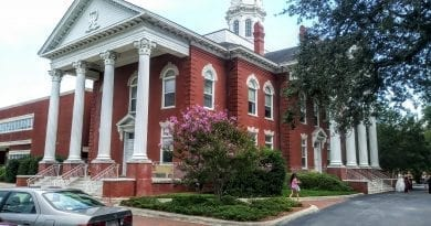 Carteret County courthouse and attorney listings in NC